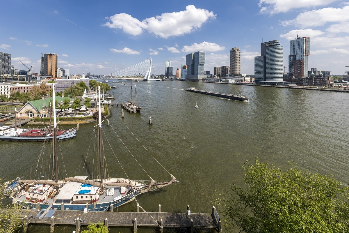 The Port of Rotterdam emphasizes the importance of sustainable inland shipping at European ministerial conference