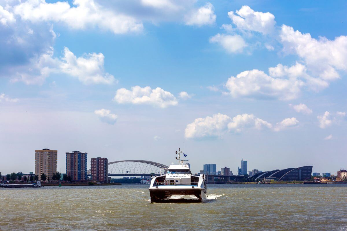 Province of Zuid-Holland opts in for clean waterbus connections in the Rotterdam region