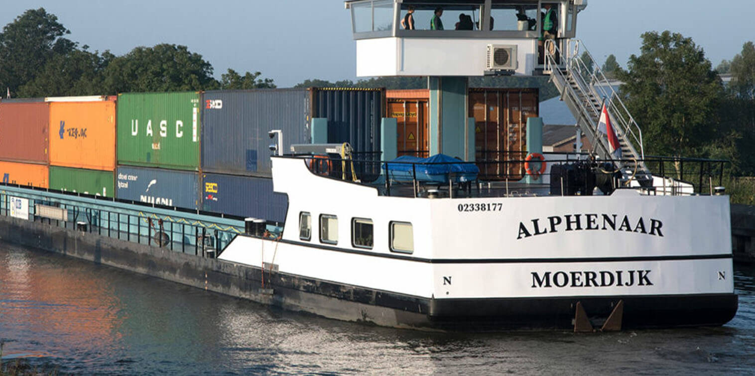 First emission-free inland shipping vessel on energy containers in service